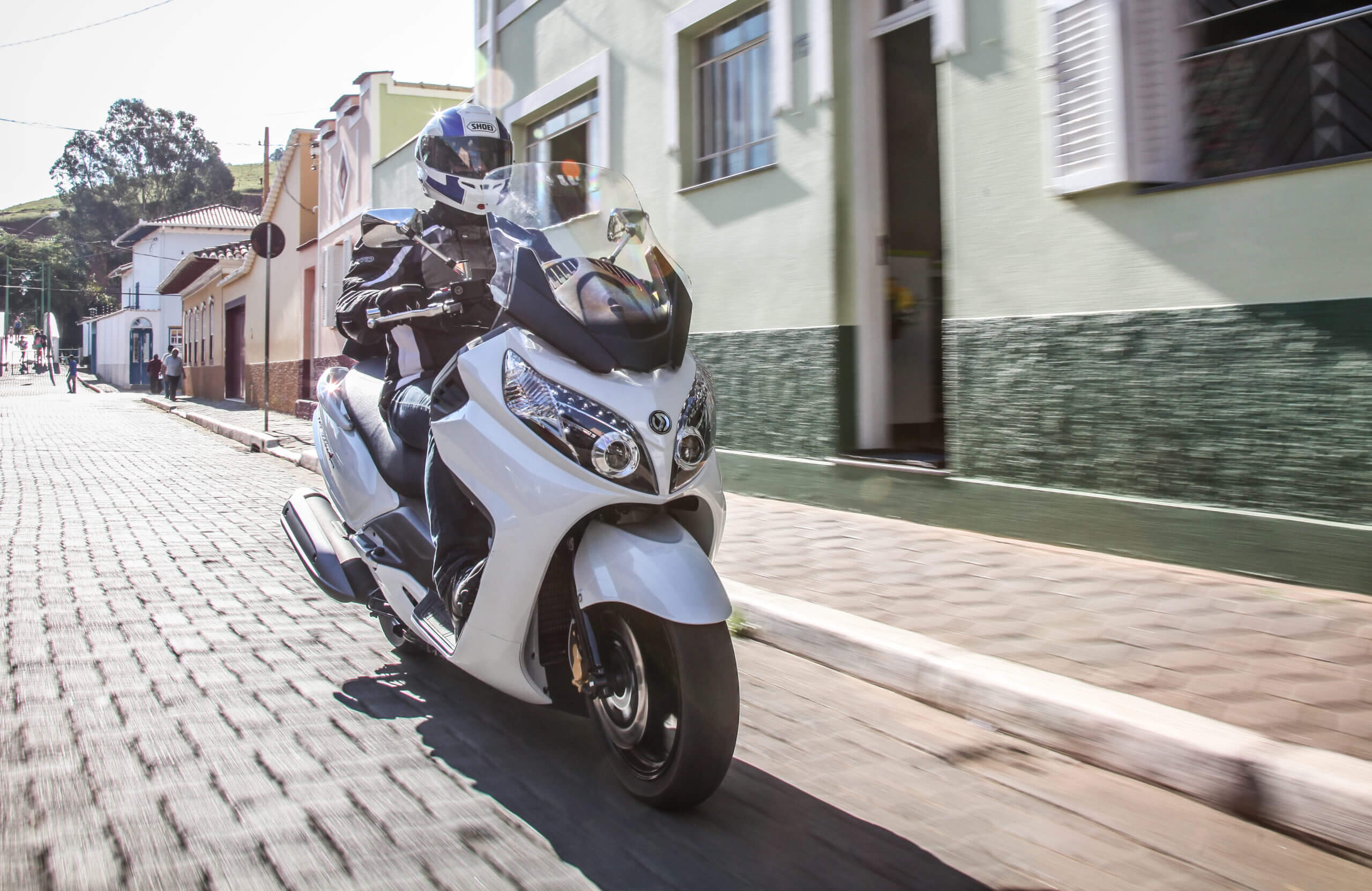 Maxsym 400i x Downtown 300i: duelo de scooters